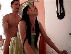 chinese couple enjoys playing like roommates