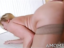 CD babe fucks hard in an alleyway of her mother