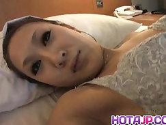 Cute babe with big nipples masturbates