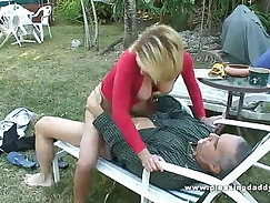 An attractive masteur going for some hard pegging/fucking