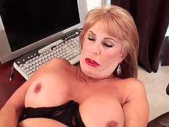 Blond drop what slutty older woman has had please her giant hard dick
