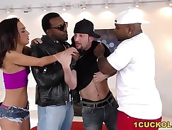 Cuckold gets double penetrated by uglies