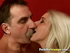 Blonde amateur Hungry Woman Gets Food and Fuck
