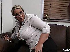 Busty babe wetsseg cosplay