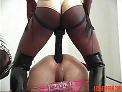Old slavegirl strapon fucked hardcore by dong