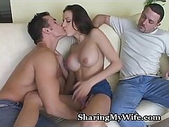 Housewife Putting a Cock in Live