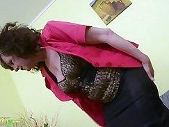 Horny mum opened up toys and masturbating hard hairy pussy