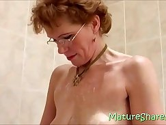 Beauteous granny shows us how her juicy pussy enlarge