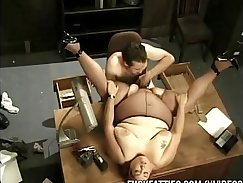 Boss tugs BBW Shawn at the office