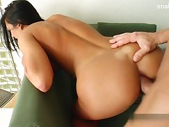 Chubby Housewife Squirting live @ streaming